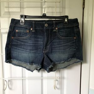 American Eagle high rise stretch shorts, size 12
